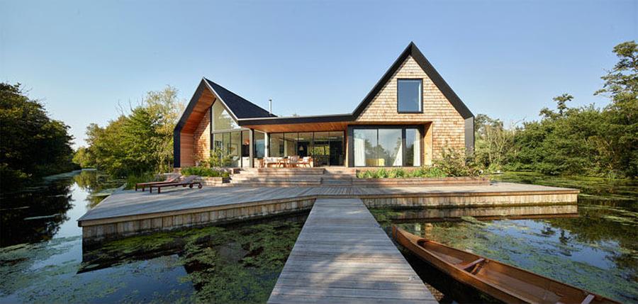 Backwater House ở khu đầm lầy hẻo lánh nước Anh