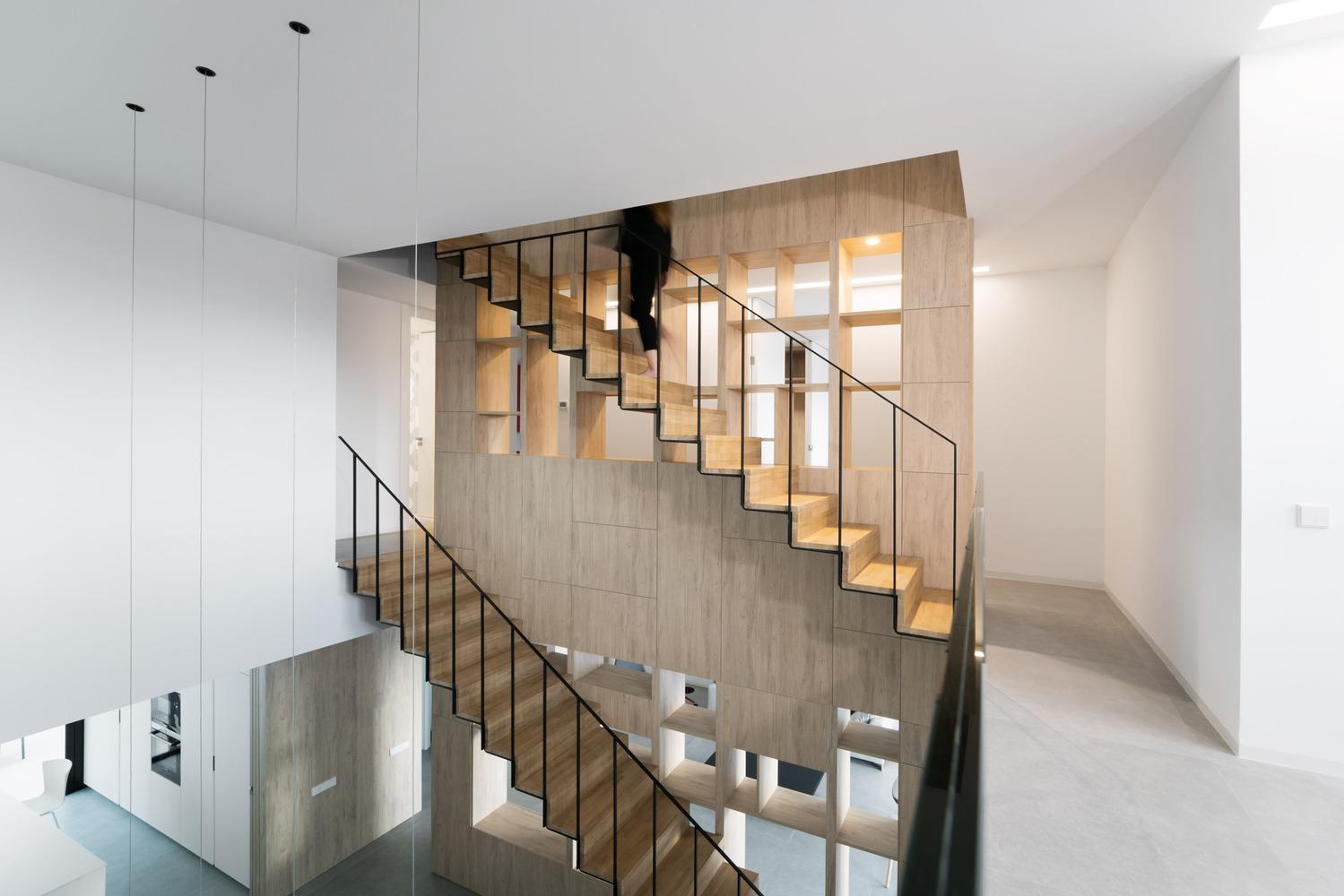 Nhà đẹp nước ngoài - Brise Soleil House 15
