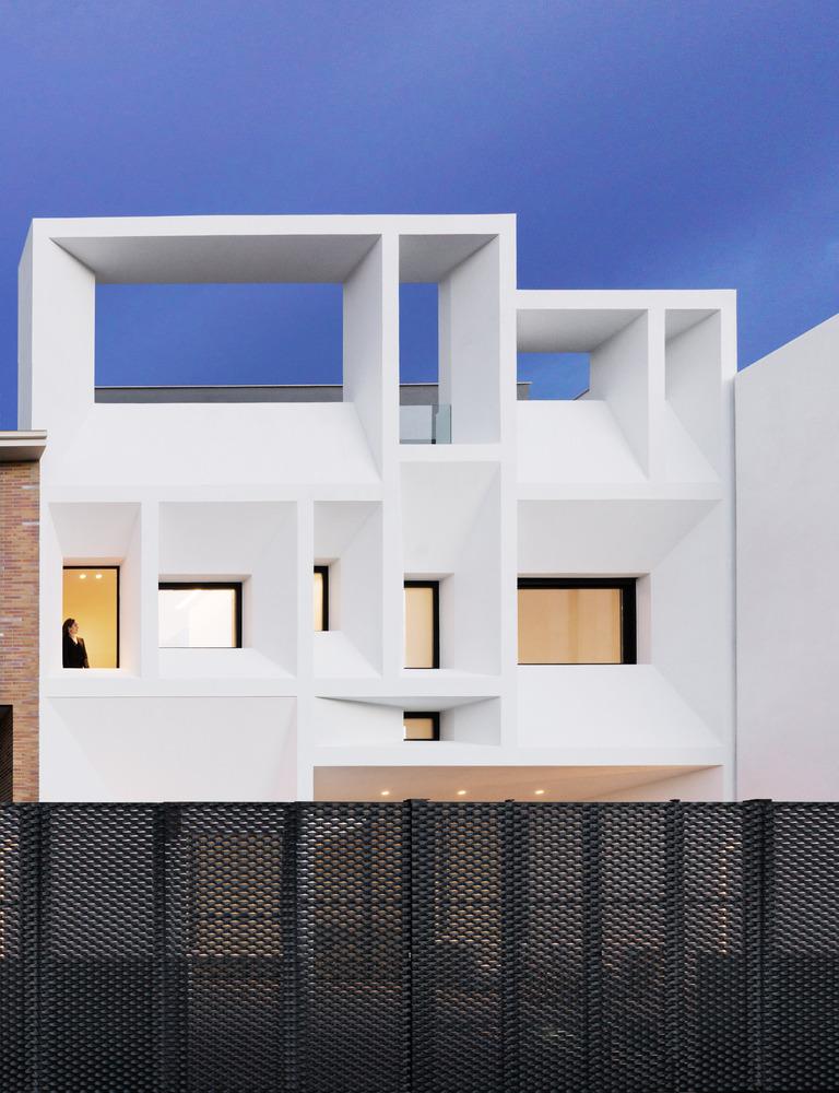 Nhà đẹp nước ngoài - Brise Soleil House 17