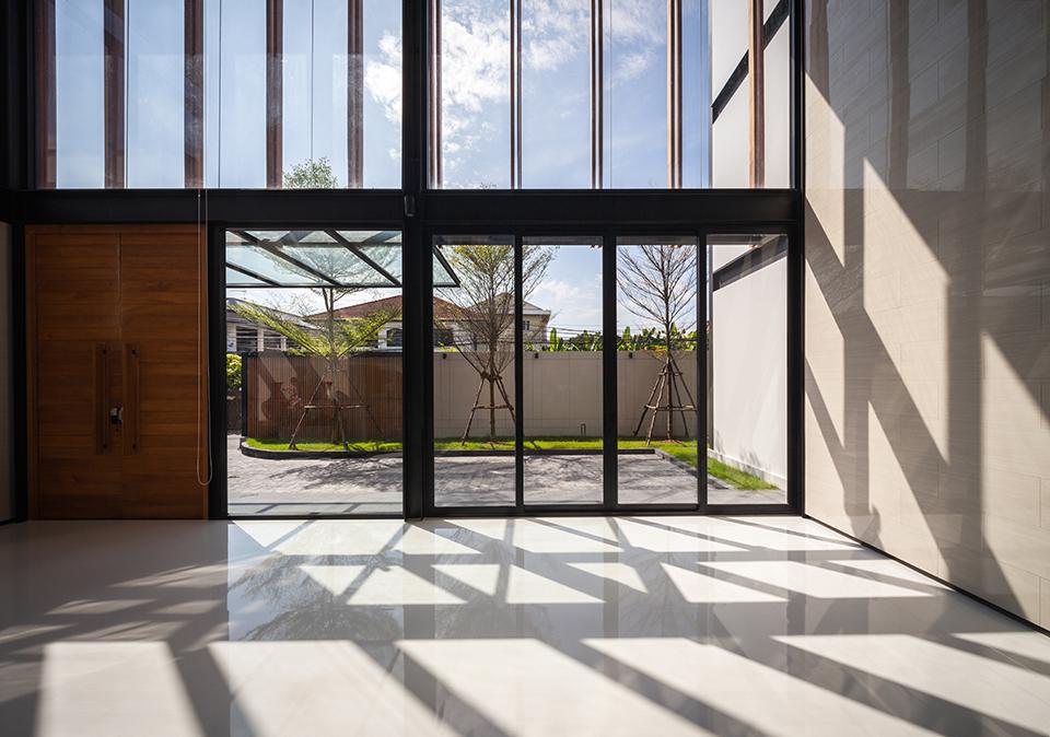 Nhà đẹp nước ngoài  - Steel House 25