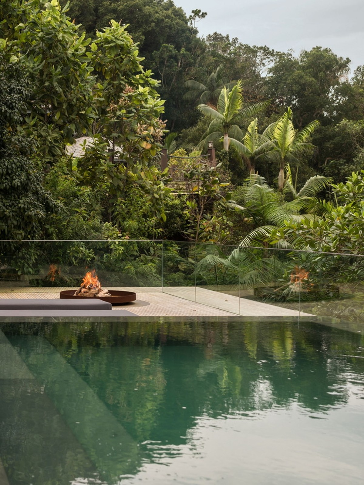Nhà đẹp nước ngoài - jungle house 24