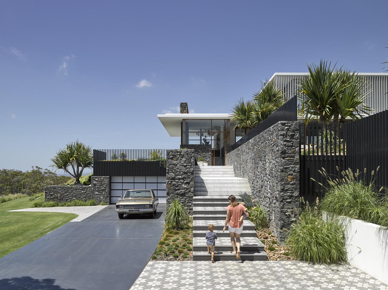 Rocky House – Ngôi biệt thự với những không gian phát triển theo năm tháng