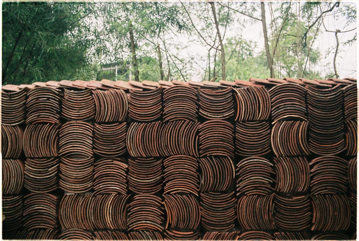 """FILM1 - Cà phê Thúy Viên """"Tạo từ vật liệu tái sử dụng của các ngôi nhà cũ ở địa phương"""""""